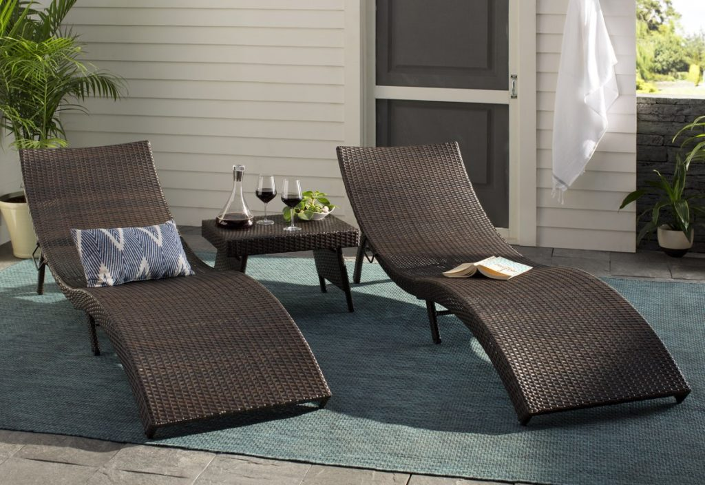 Faux Wicker Chaise Lounge Patio Chairs