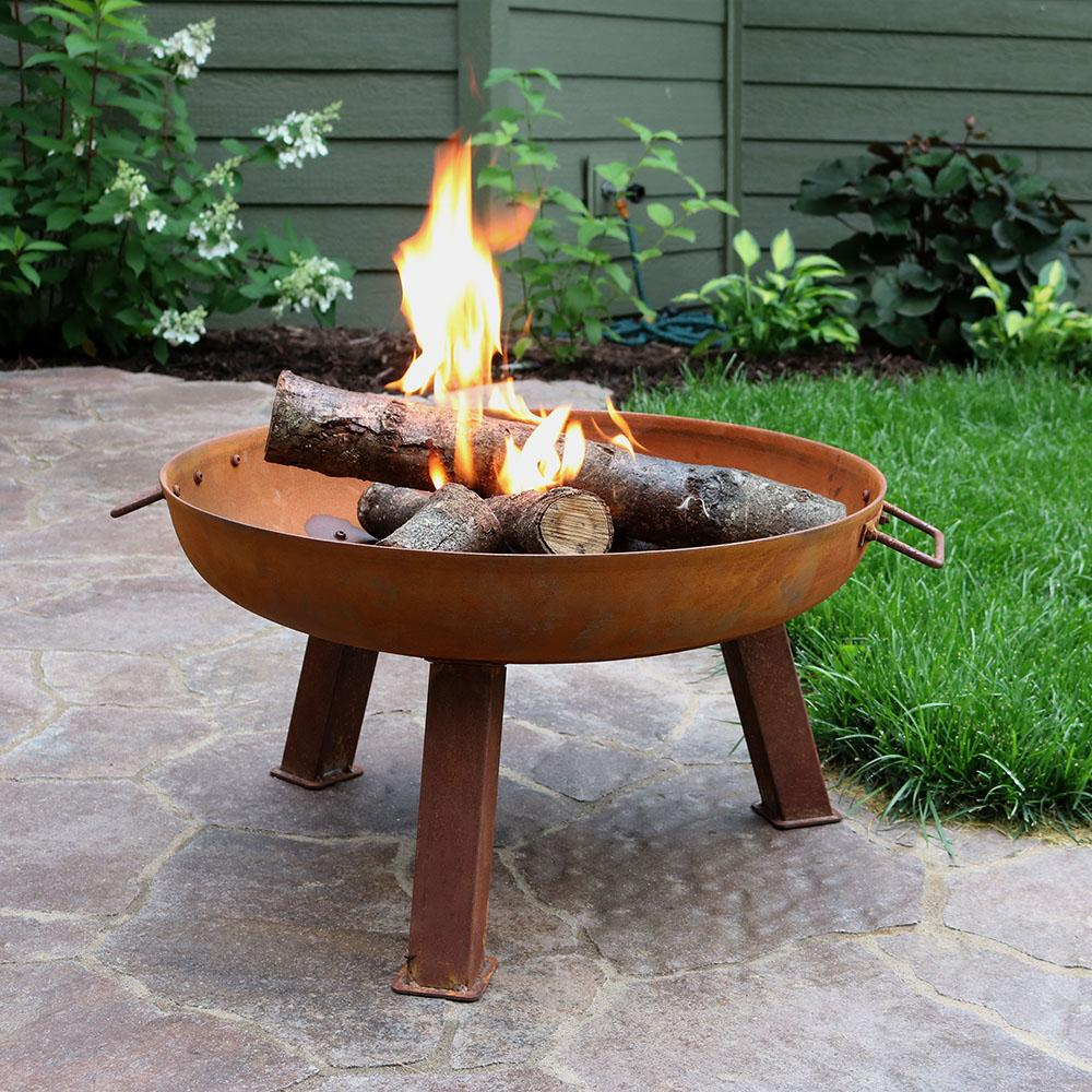 Sunnydaze Rusted Metal Round Open Fire Pit with Fire