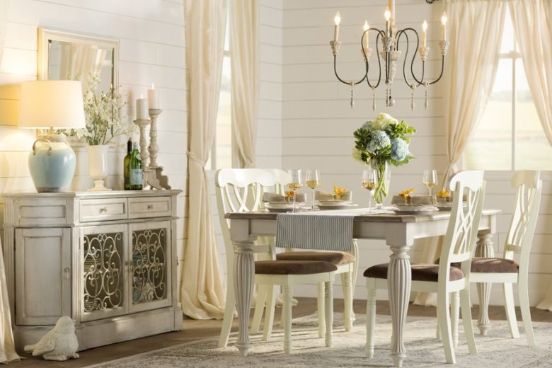 Casual Shabby Chic Chandelier