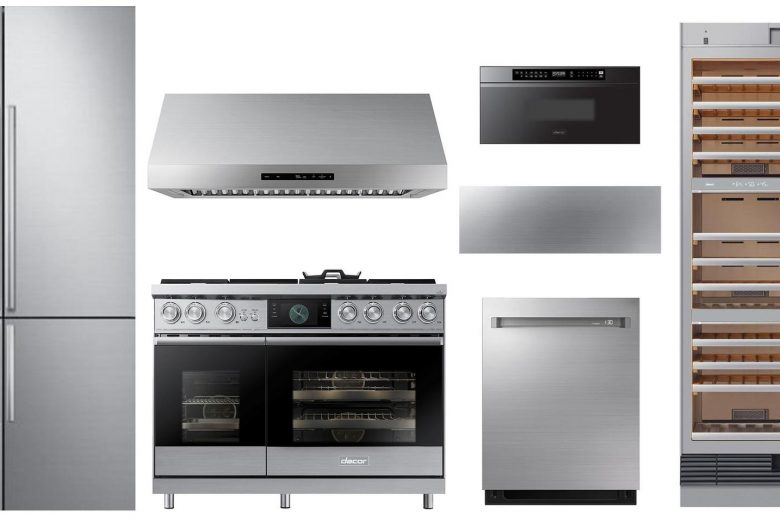Dacor 7 Piece Deluxe Kitchen Appliance Package