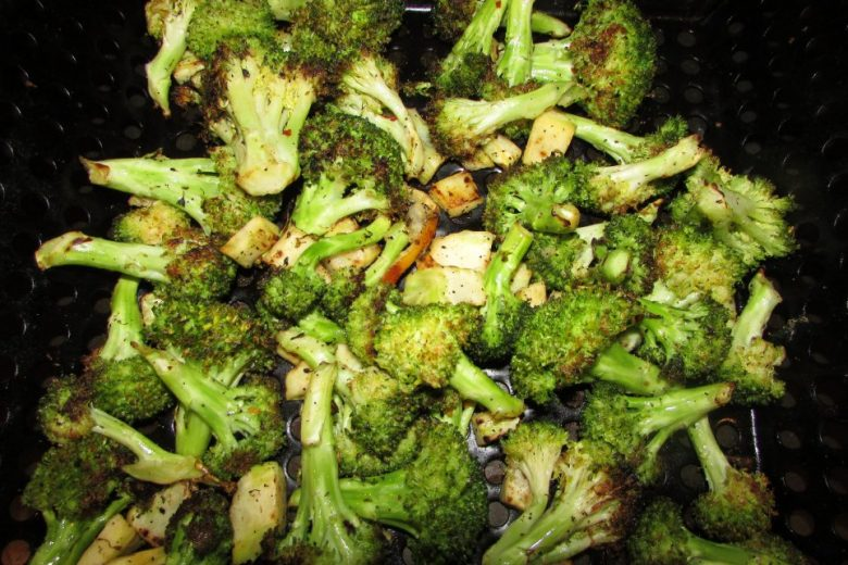 Grilled Broccoli in Pan